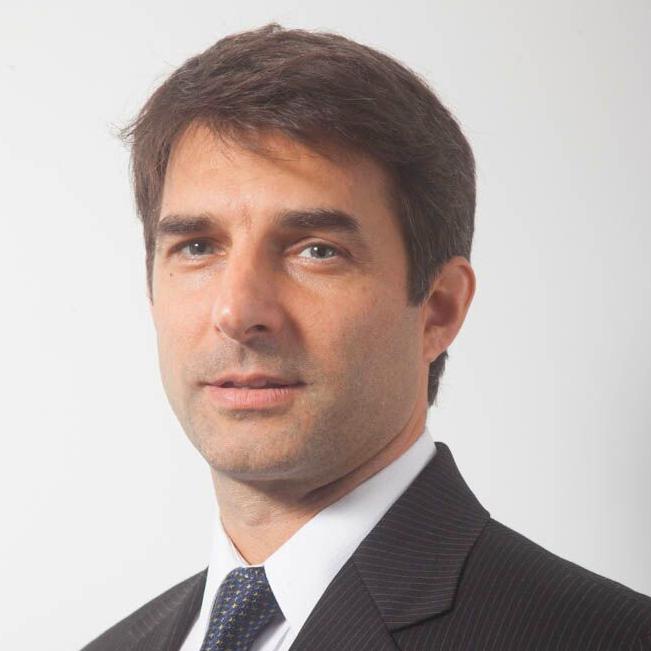 Dr. Javier Alma